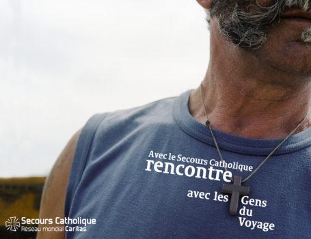 Adrien-Alrivie-Affiche-Secours-Catholique-Gens-du-Voyage-Affiche-HD